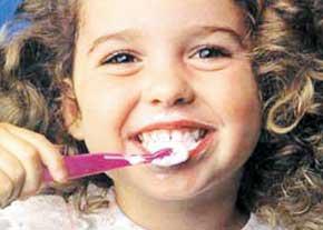 علت پوسیدگی دندان و بهترین راه مقابله با آن چیست؟